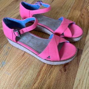 Toms | Platform Sandals | Pink | Size 9